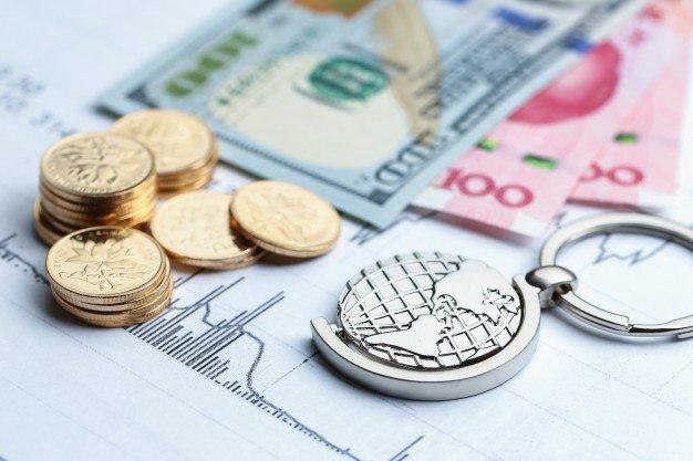 Consejos para ahorrar en tu cambio de divisas