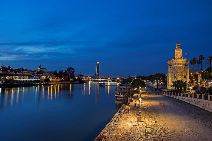 Torre del Oro Rio Guadalquivir Sevilla