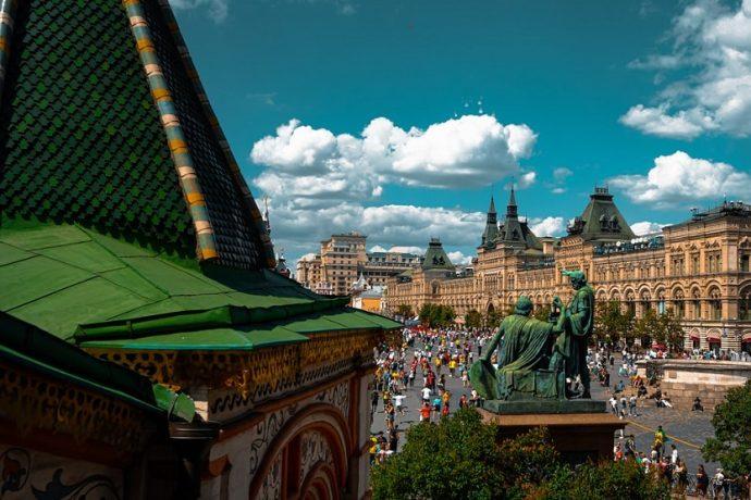 Almacenes Gum en la Plaza Roja de Moscú (Unsplash Felipe Simo)