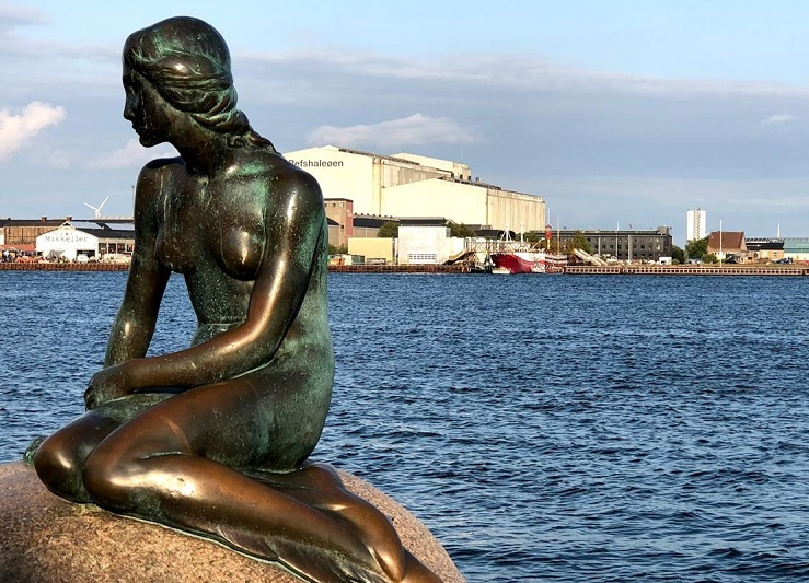Sirenita de Copenhague Langelinie