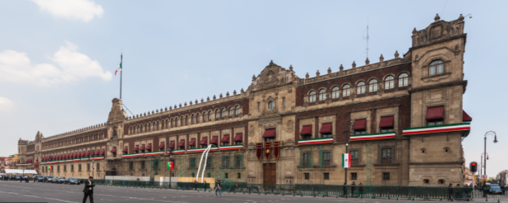 Fachada del Palacio Nacional de México