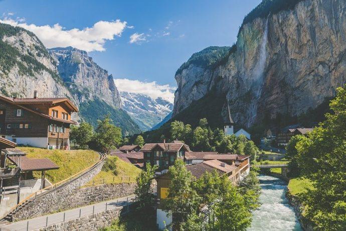 Hacer un viaje a Suiza económico